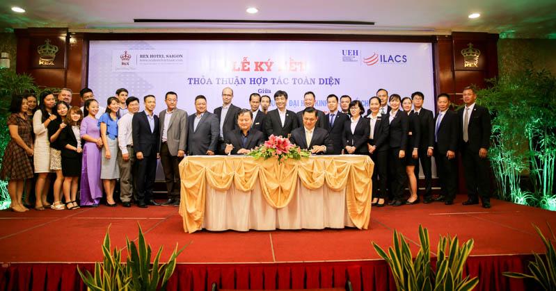 Lễ ký kết thỏa thuận hợp tác toàn diện giữa Viện Ngôn ngữ – Quốc tế học (ILACS) của UEH và Khách sạn REX
